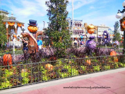 mr and mrs scarecrow