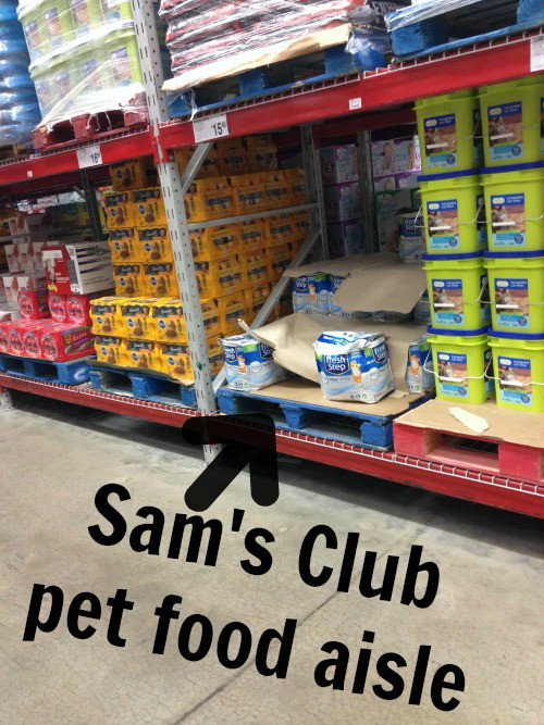 Fresh Step Total Control with the Power of Febreze on Sam's Club shelf #yougottabekittenme #ad